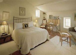 Кованая кровать Анджелины Джоли